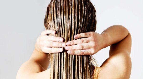 Tout ce que vous devez savoir sur les cheveux secs et abîmés