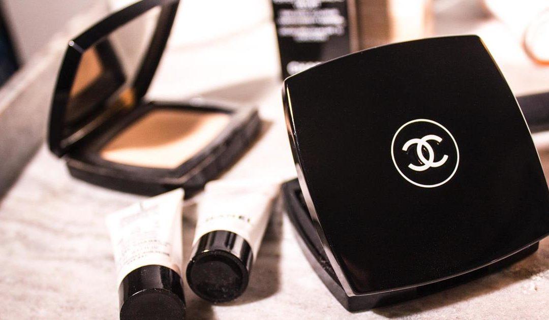 Nous savons où trouver du maquillage Chanel et des parfums à bon prix.
