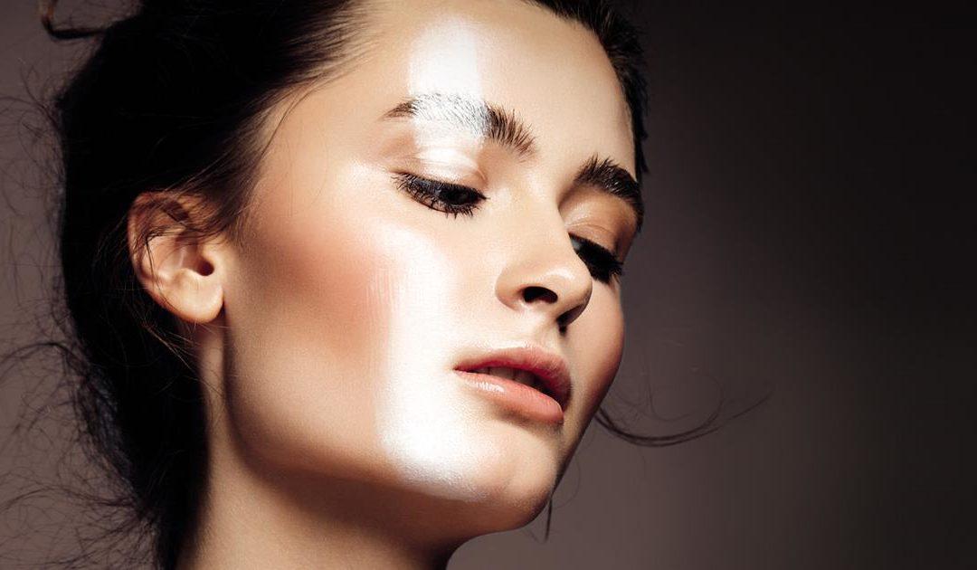 Découvrez ce que les acides anti-âge peuvent faire pour votre peau